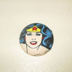 Custom retractable Wonder Woman ID badge reels are a great way to break away from the uniform for anyone who wears a name tag or ID badge. Nurses, doctors, teachers, office drones and mad geeks -- we all have to use these all the time. So why not have a little fun with it! ♥ This listing is for ONE Wonder Woman retractable badge reel. But be aware that if you order more than one design you'll only pay postage once; the new USPS rates penalize light weight packages so it costs the same for 2…