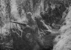 Dutch KNIL infantry with British SMLE Enfields figting Indonesian sepretists in 1948 Dutch East Indies, Motivational Pictures, Oppression, Ww2, Netherlands, Asia, History, Shallow, Painting