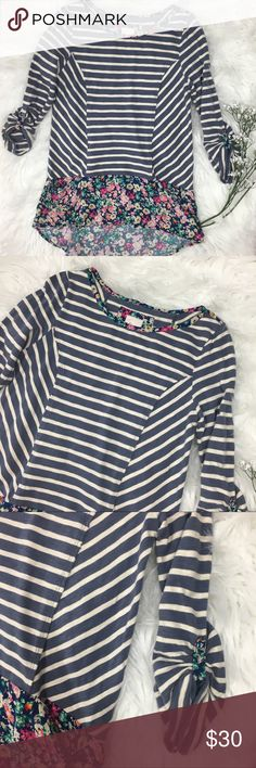 Anthropologie Postmark Fairly Striped Floral Tunic Brand: Postmark Anthro top  • Size: small  • Condition: excellent used condition  • Material:100 cotton  • Measurements: Length: 30 Bust 36 Anthropologie Tops Tunics
