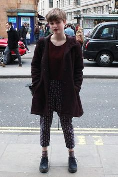 Our London Street girl shows the city how to work a cute pixie crop!