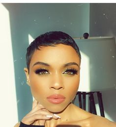 Pixie Cuts, Short Pixie, Short Hair Cuts, Short Relaxed Hairstyles, Funky Hairstyles, Blonde Twa, Short Haircut Styles, Super Short Hair, Cut Life