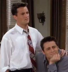 Friends Funny Moments, Serie Friends, Friends Scenes, Friends Cast, Friends Gif, Friends Show, Joey Friends Quotes, Friends Video, Chandler Friends
