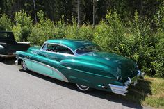 Low and slow - mint green Buick 1953 #ledsled #kustom
