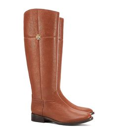 The epitome of casual chic, our Jolie Riding Boot is made of pebbled leather that softens over time, showing natural variations that become richer with wear, highlighting the quality of the grain. It