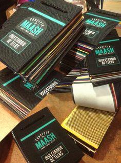 Muestrarios de telas que utilizamos en la fabricación de nuestros productos :)