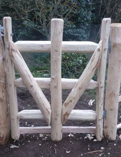 Traditional Fencing & Gates | Rustic Carpentry