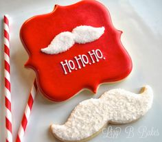 christmas cookies frosting Weihnachtspltzchen Learn how to make these quick and easy Santa Mustache cookies with this simple-to- Christmas cookie tutorial Christmas Sugar Cookies, Christmas Sweets, Noel Christmas, Holiday Cookies, Christmas Baking, Holiday Treats, Santa Cookies, Halloween Cookies, Iced Cookies