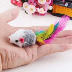 1pcs New styles Funny Soft Fleece False Mouse Colorful Feather Kitten Toy Random Color
