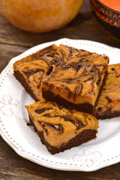 Cream cheese swirl brownies at Topisaw General Store. Healthy Desserts, Dessert Recipes, Winter Food, Pumpkin Recipes, No Bake Cake, Cake Cookies, Halloween, Street Food, Good Food