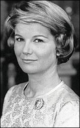 """Barbara Bel Geddes starred in """"Foghorn"""" Alfred Hitchcock Presents 1958 Barbara Bel Geddes, Hollywood Icons, Classic Hollywood, Old Hollywood, The Moon Is Blue, Glynis Johns, Josh Henderson, Patrick Duffy, Actor Secundario"""