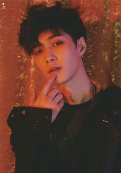 Find images and videos about exo, lay and yixing on We Heart It - the app to get lost in what you love. Lay Exo, Yixing Exo, Baekhyun Chanyeol, K Pop, Tao, 5 Years With Exo, Exo Album, Display