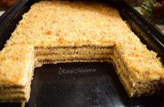 Prăjitura Krantz. O prăjitură cu nuci caramelizate! - Rețete Merișor Cornbread, Caramel, Ethnic Recipes, Food, Cakes, Millet Bread, Salt Water Taffy, Toffee, Meal