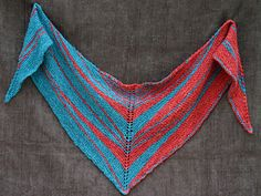 Arrowhead shaped wrap knit in two colors of head DK/Worsted weight yarn