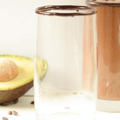 Protein shake recipes 200128777178598897 - KETO CHOCOLATE AVOCADO SMOOTHIE An healthy keto avocado smoothie, dairy free using almond milk and of course no banana! Keto Shakes, Keto Protein Shakes, Keto Protein Powder, Chocolate Protein Shakes, Smoothie Detox, Smoothie Drinks, Chocolate Avocado Smoothie, Smoothies With Almond Milk, Avacado Smoothie
