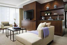 Luxury One Bedroom Suite - Shangri-La Hotel Toronto