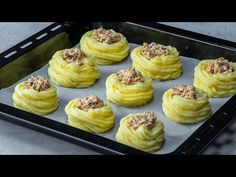 Food Network Recipes, Waffles, Lunch, Cooking, Breakfast, Potatoes, Mushroom Sauce, Tasty, Side Dishes