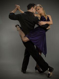 Swing Dancing, Ballroom Dancing, Shall We Dance, Lets Dance, Partner Dance, Dance Moms, Dance Photos, Dance Pictures, Bailar Swing