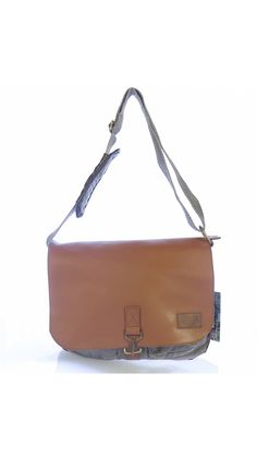 Sturdy and durable Natural Material Handcrafted, Polished cotton fabric Washable Oldcotton Unique Handmade Bags We know how important the appearance of production of the product and we are proud of. Mens Leather Handbags, Leather Purses, Handmade Bags, Briefcase, Cotton Fabric, Backpacks, Natural, Unique, Easy