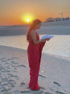 Girl Photo Poses, Girl Photos, Best Heroine, Something Else, Beautiful Indian Actress, Indian Actresses, Singing, Around The Worlds, Sunset