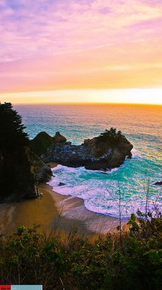 A Big Sur Paradise ~ Photo captured near McWay Falls at Julia Pfeiffer Burns State Park. been there and its stunning and has to be seen! Dream Vacations, Vacation Spots, Places To Travel, Places To See, Places Around The World, Around The Worlds, Puerto Rico, Belleza Natural, Big Sur