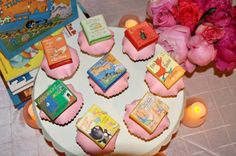 #BabyShower Idea: Book-Themed - have everyone bring a book, but bring books into the decor, too!