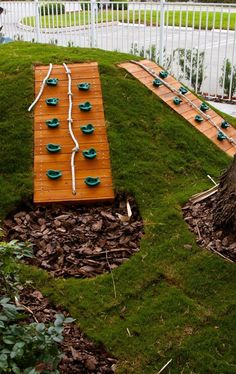 Beautiful Backyard Playground Ideas For Kids … – Natural Playground İdeas Natural Playground, Playground Design, Backyard Playground, Backyard For Kids, Playground Ideas, Backyard Gym, Children Playground, Synthetic Lawn, Sand Play