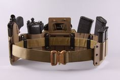 High Threat Concealment Low Profile System™. Designed to be held as close to the body as possible to allow the highest level of concealment and secure placement not available with standard war belts. Rig stays in place due to their inner belt system making it less likely the belt will rise or shift during physical activity also unlike traditional war belts. Not constructed of Kydex but Boltaron (thermal plastic and higher quality).