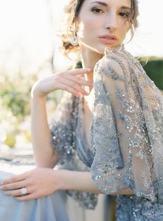 Speed Dating - Wedding Dresses & Gowns 2017 / embellished wedding dress: Photography: OMalley Photographers omalleypho Ballroom Wedding Dresses, Floral Wedding Gown, Colored Wedding Dresses, Wedding Gowns, Wedding Mandap, Wedding Stage, Wedding Receptions, Bridal Gown, Lace Wedding