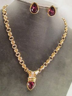 NECKLACE & EARRNINGS SET GOLD PLATED AMETHYST RHINESTONES UNIQUE CHAIN