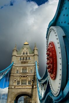 Tower Bridge is a London icon recognized around the world. It was painted red, white and blue for the Queen Elizabeth II's silver jubilee in 2012. The bridge also featured heavily during the Summer Olympics the same year with the Olympic rings hanging down from the bridge over the River Thames followed by the emblem of the Paralympic Games.