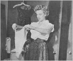 Marilyn pictured after winning the Henrietta Award for Best Young Box Office Personality, February 1952.