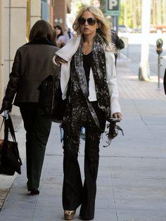 rachel zoe.  i like almost everything she wears.
