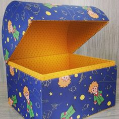 Cardboard Crafts, Paper Crafts, Treasure Hunt For Kids, Fabric Covered Boxes, 3d Craft, The Little Prince, Gift Packaging, Halloween Crafts, Diy For Kids