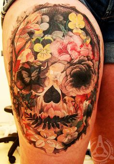 Tattoo Artist - Led Coult Tattoo - skull tattoo