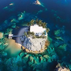 La maison idéale 🏠 en 3D par @lihonin_3dart 😍🌴🐚 Dites nous quelles sont vos vacances de rêves post-confinement ? 🤍  #eldotravo