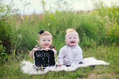 Seriously, how cute is this twin pose? 1st Birthday Photoshoot, 1st Birthday Party For Girls, One Year Birthday, Twin First Birthday, First Birthday Photos, Twin Baby Photos, Twin Pictures, Newborn Baby Photos, Twin Birthday Pictures