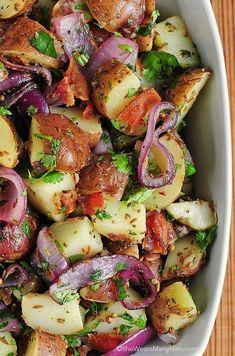 Texas-Style New Potato Salad 19 Delicious Potato Salad Recipes Bacon Recipes, Side Dish Recipes, Salad Recipes, Dinner Recipes, Cooking Recipes, Healthy Recipes, Medeteranian Recipes, Cooking Pasta, Summer Salads