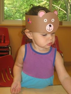 Great idea for teddybear's picnic party activity! Bear Crafts Preschool, Daycare Crafts, Toddler Crafts, Preschool Activities, Teddy Bear Crafts, Teddy Bear Day, Teddy Bears, Bear Mask, Headband Crafts