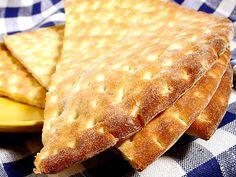 Two Swedish Breads Savoury Baking, Bread Baking, Saffron Buns Recipe, Swedish Bread, The Fresh Loaf, Swedish Traditions, Bread Shop, Swedish Recipes, Swedish Foods
