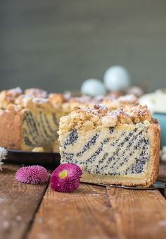 Yogurt and poppy seed cake: Happy Easter! ⋆ Crunchy room - Yogurt and poppy seed cake: Happy Easter! The Effective Pictures We Offer You About Easter Recipes - How To Cook Rice, How To Cook Pasta, How To Cook Chicken, Cheesecakes, Healthy Dessert Recipes, Cake Recipes, Nutella, Macaron, Pastries