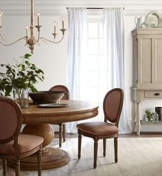 Want to transform your dining room but don't know where to start? Enter these best dining room paint colors, from colorful ideas to neutral shades. Find lots of paint color ideas for your dining room right here. Best White Paint, White Paint Colors, White Paints, Wall Colors, Dining Room Paint Colors, House Colors, Color Walls, Beige Paint, Grey Interior Paint