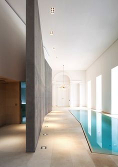 Fancy Indoor Swimming Pool Designs That Everyone Should See - Fresh Home Ideas Luxury Swimming Pools, Luxury Pools, Swimming Pool Designs, Outdoor Swimming Pool, Dream Pools, Indoor Pools, Lap Pools, Pool Spa, Inside Pool