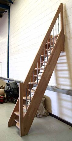 straight-staircases-lateral-stringer-small-spaces-62343-5622799.jpg 300×590 pixels