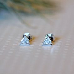 Triangle cubic zirconia stud earrings #earrings #diamond #triangle #littleglamour Sterling Silver Jewelry, Silver Rings, Jewelry Cleaning Solution, Cleaning Silver Jewelry, Personalized Jewelry, Jewelry Shop, Solid Gold, Triangle, Stud Earrings