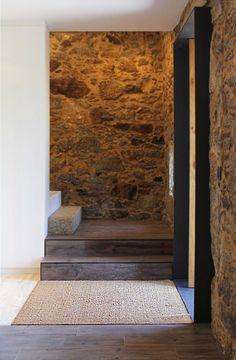 Gallery of Eira House / AR Studio Architects - 26