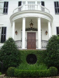 My Charleston dream home - and just a stone's throw away from the Miles Brewton House.  http://www.charlestonaddress.com/mls/mls-search-details.cfm?mlsnumber=1111615=3=1