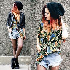 lua p || black beanie + tropical shirt + black leather jacket + denim shorts + black creepers #grunge #city #urban