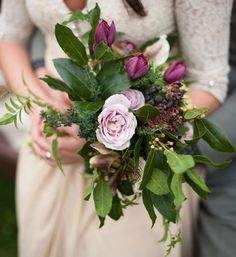 garden bouquet Photography by http://www.meredithlord.com/