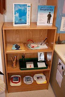 little acorns: Continent Boxes Antarctica Montessori Practical Life, Montessori Homeschool, Montessori Classroom, Montessori Activities, Homeschooling, Continents And Oceans, Penguins And Polar Bears, Classroom Arrangement, Teaching Geography