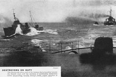 Destroyers on duty: Admiral Beatty's battle cruiser squadron deflecting the German fleet from bombarding the British coast during the Battle of Jutland (1916). Image: Hulton Archive/Getty Images